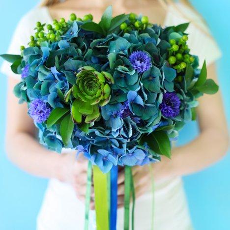 blue and green hydrangea bouquet wedding flower bouquet