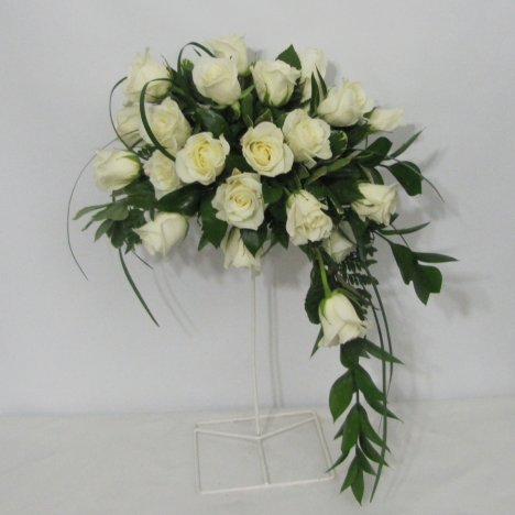 Today S Bouquets Take Such A Beating Compared To Of Yesteryear It Used Only Have Be Handed The Bride As She Made Trip Down Aisle