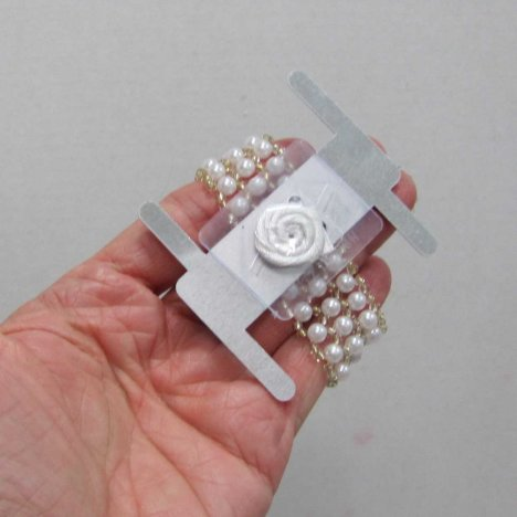 how to make a wrist corsage with elastic wristlet