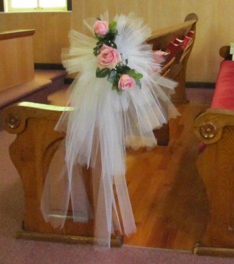 Simple Wedding Church Pew Decorations: Step By Step DIY Wedding Flower
